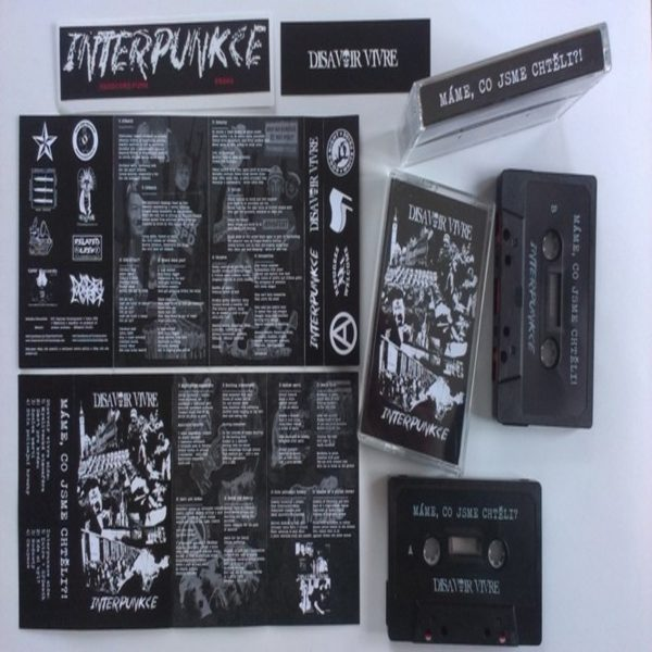 DISAVOIR VIVRE / INTERPUNKCE split CASS